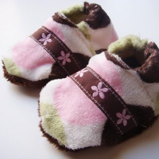 DIY Soft Baby Slippers