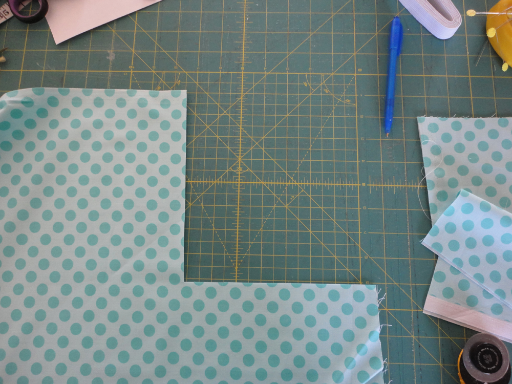 Sew a Fitted Crib Sheet