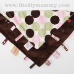 DIY RIbbon Loop Blanket by The DIY Mommy