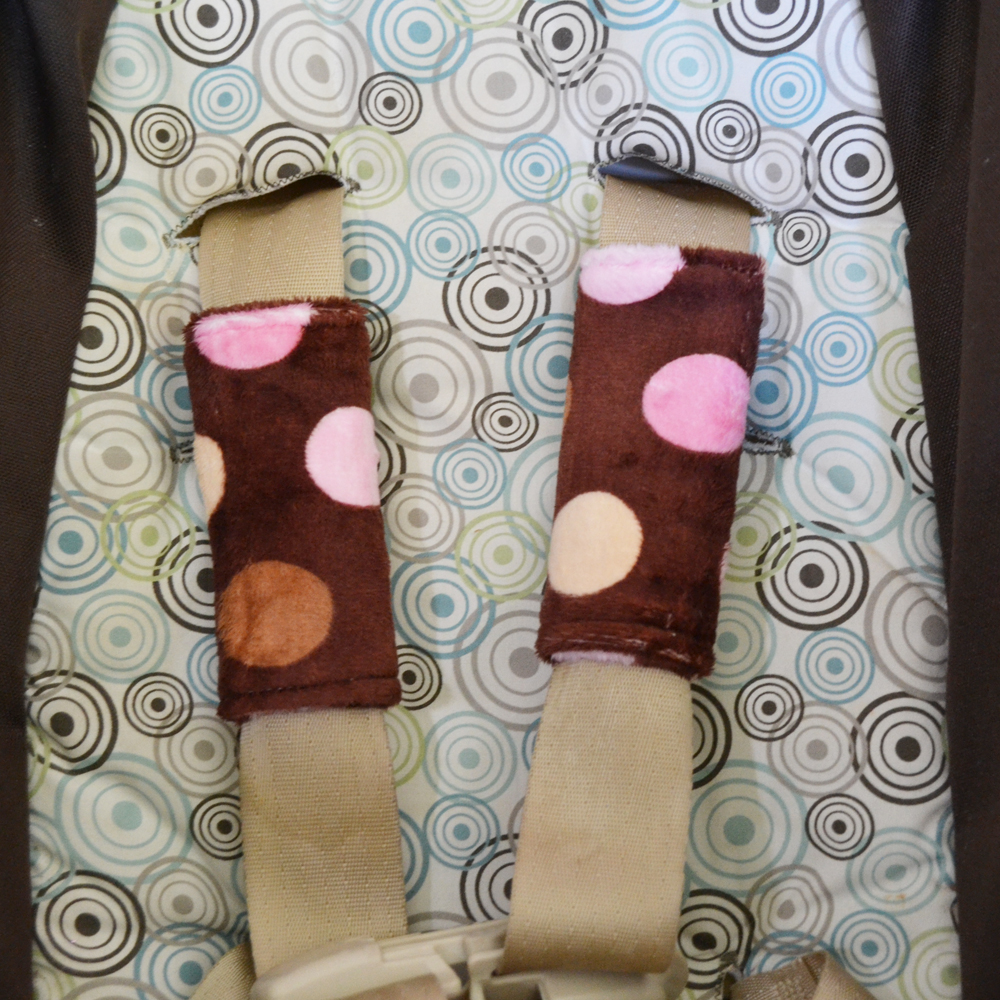 DIY Stoller / Carseat Strap Covers by The DIY Mommy
