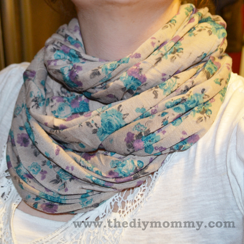 Sew a 15 Minute Infinity Scarf by The DIY Mommy