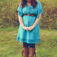 Wear a Summer Dress with Tights & Boots for Fall – Petite Curvy Mom Style