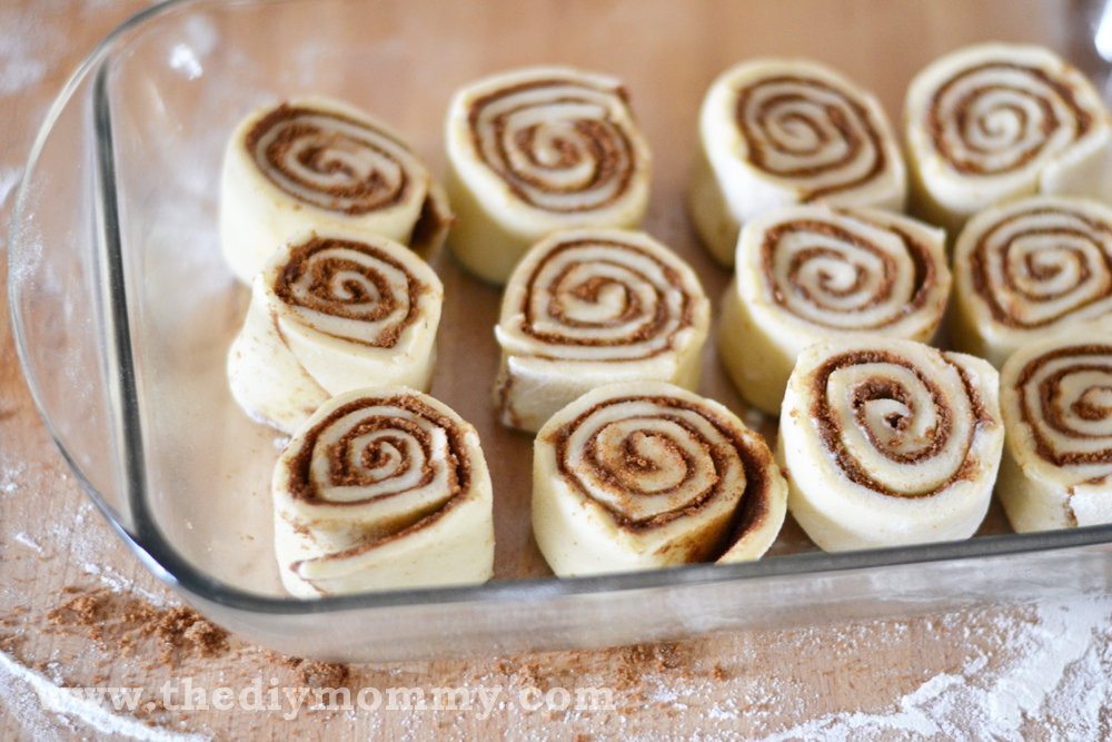 Bake the Best Cinnamon Buns Ever by The DIY Mommy