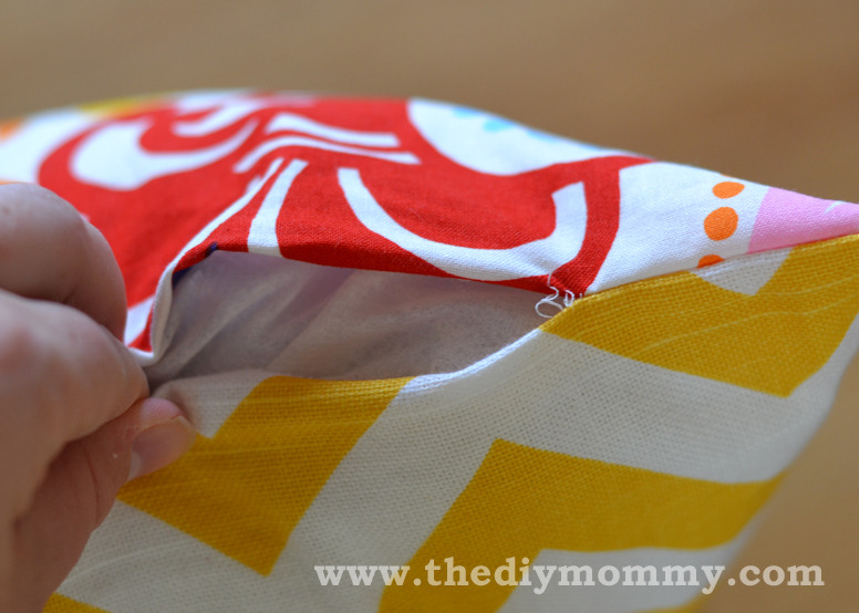 sew a throw pillow cover – the easy way! | the diy mommy Making Decorative Pillow Covers