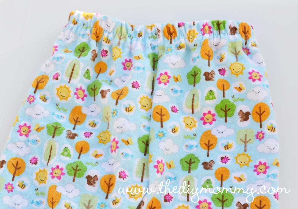 Sew Easy Pajama Pants for Baby (or anyone else in your family!) by The DIY Mommy