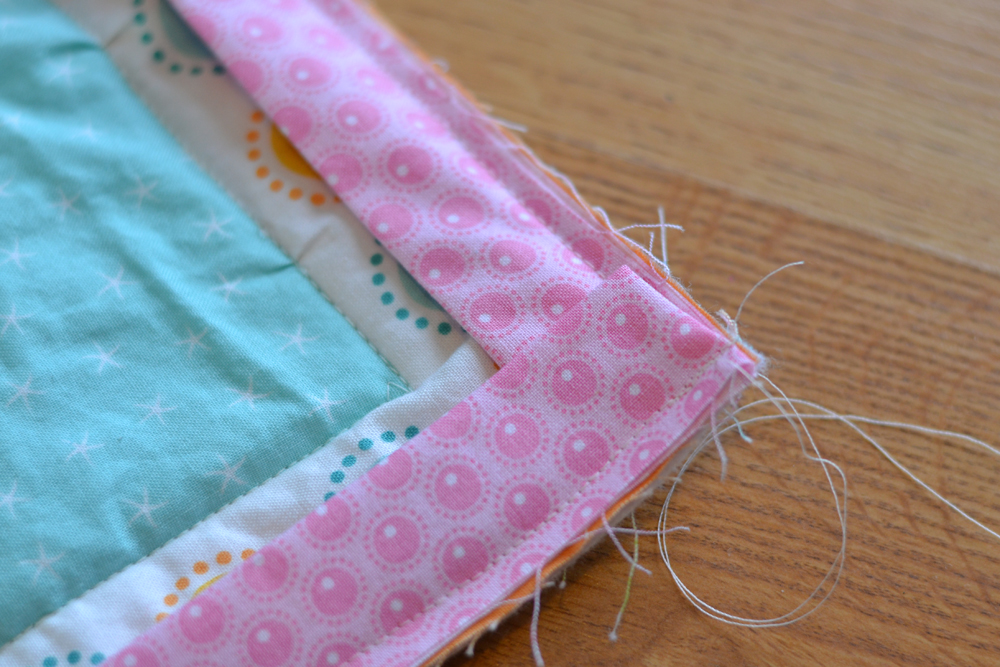 Sew an Easy Beginner's Baby Quilt | The DIY Mommy