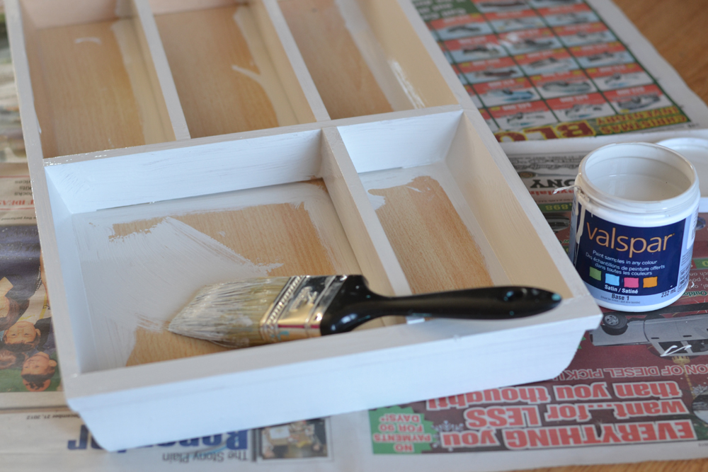 Make a Jewelry Holder from a Cutlery Tray The DIY Mommy