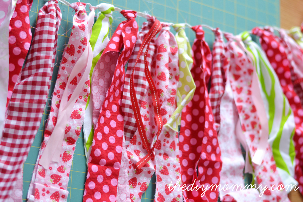 Easy DIY Scrap Fabric Banner to Tutu - A 2-in-1 tutorial!