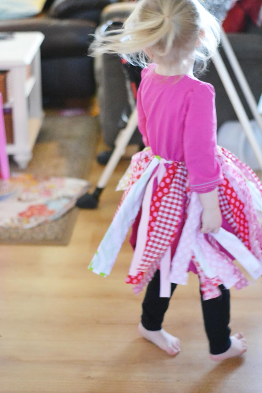 Easy DIY Scrap Fabric Banner to Tutu - A 2-in-1 tutorial!