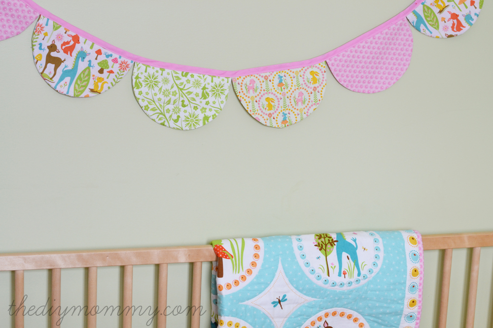 DIY Scalloped Bunting Banner by The DIY Mommy