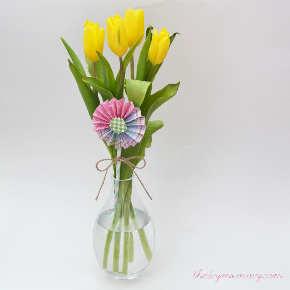 Make a Spring Flower Arrangement with Tulips and Paper Medallions by The DIY Mommy