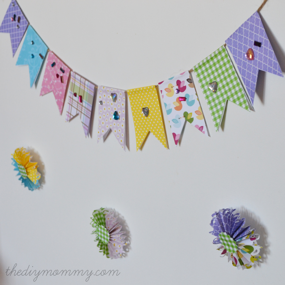 Make an Easy Spring Banner out of Scrapbook Paper by The DIY Mommy