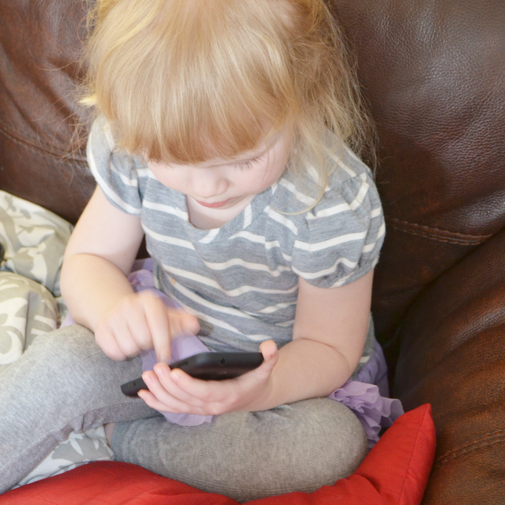 Nokia Lumia 620 Review - The DIY Mommy