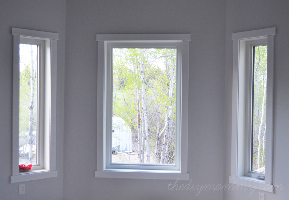 diy simple craftsman shaker window door trim by the diy mommy - Exterior Window Moulding Designs
