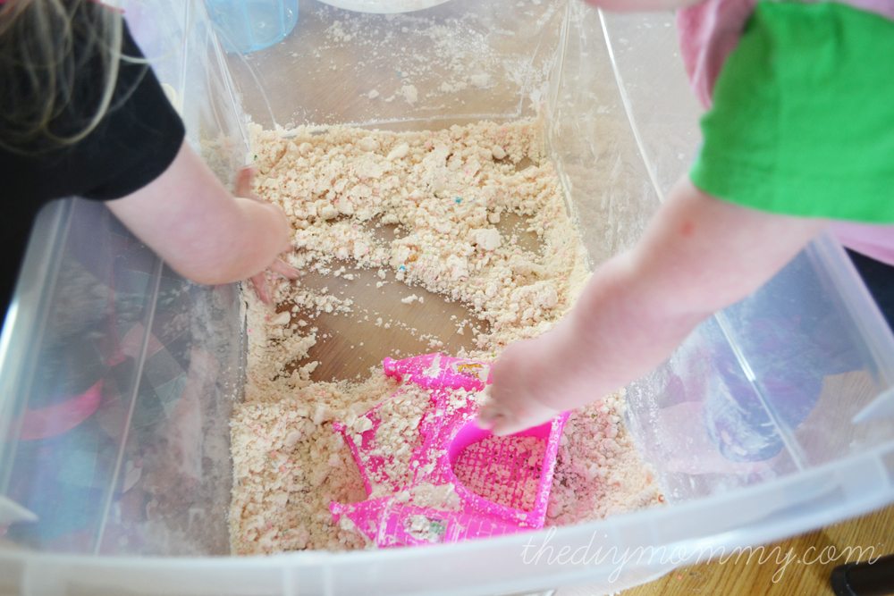 DIY Glittery Cloud Dough with Vegetable Oil and Flour from The DIY Mommy