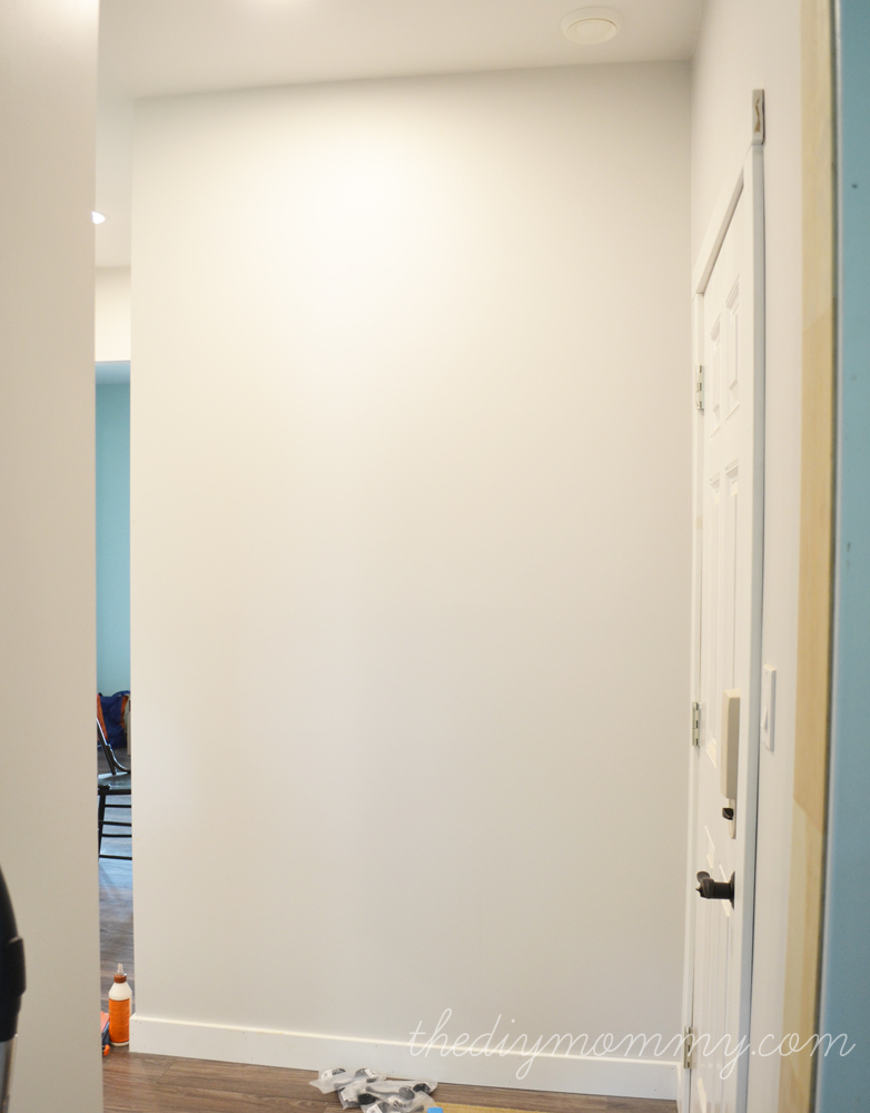 Build a Board & Batten DIY Hook Wall | The DIY Mommy