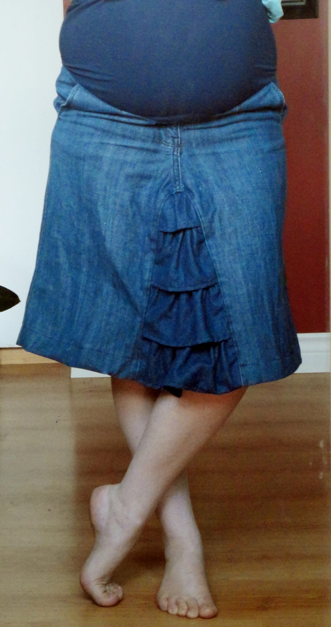 DIY Ruffled Maternity Skirt from Jeans - The DIY Mommy