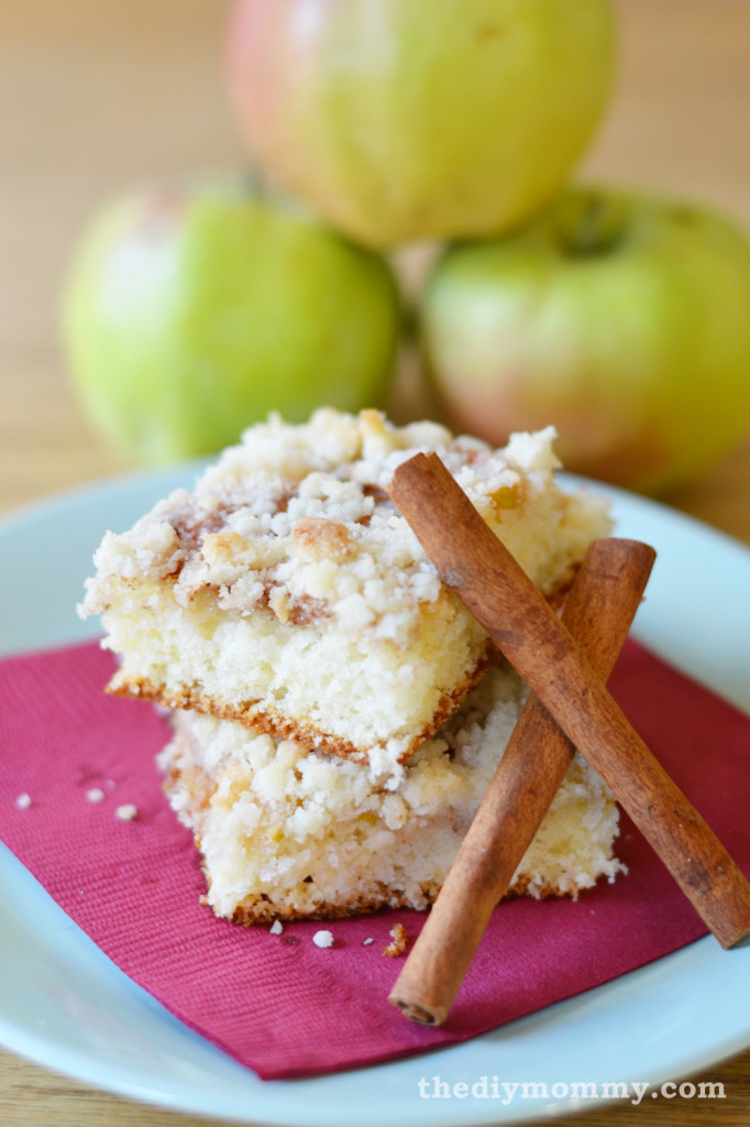 German Baking: Apple Crumb Cake - The DIY Mommy