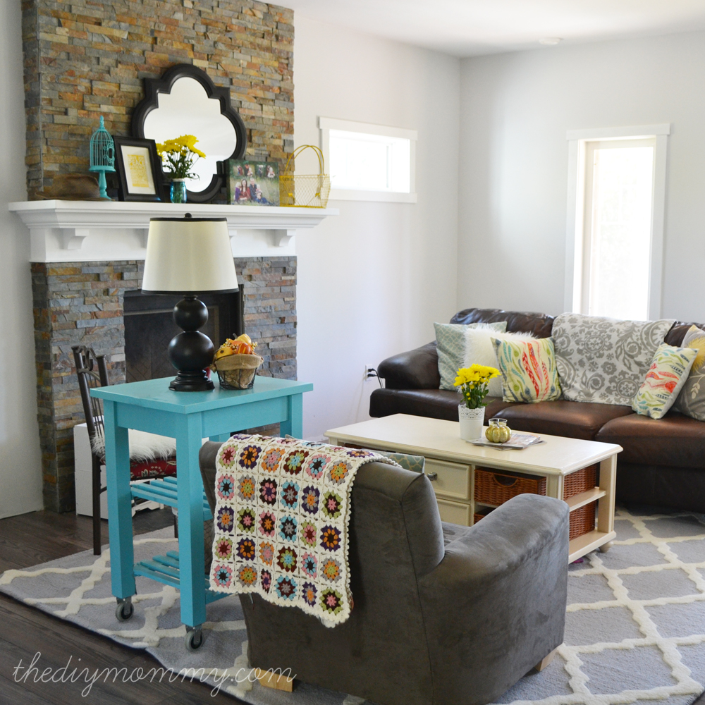 Our rustic glam farmhouse living room our diy house the diy mommy Diy small living room decorating ideas