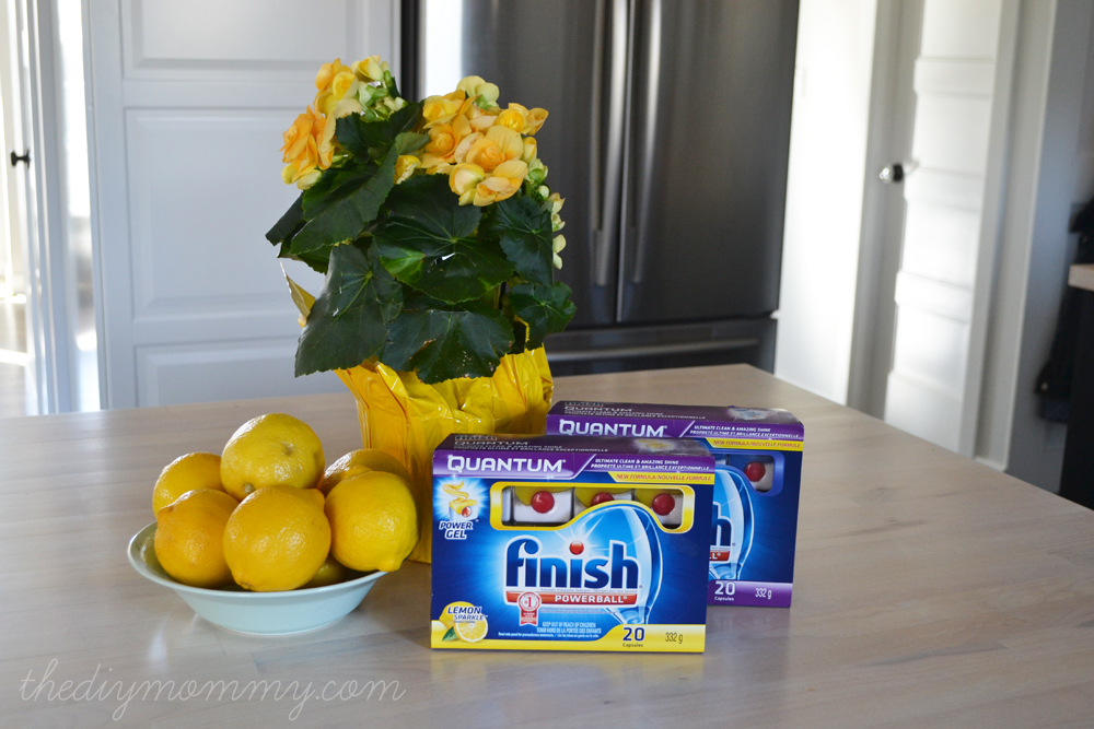 Our DIY Vintage Industrial Kitchen - The DIY Mommy #FinishYourKitchen