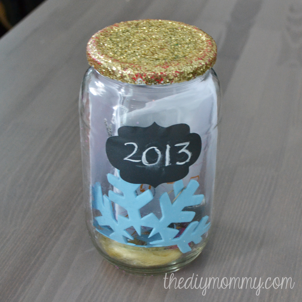 Glittery Mason Jar Time Capsule - The DIY Mommy