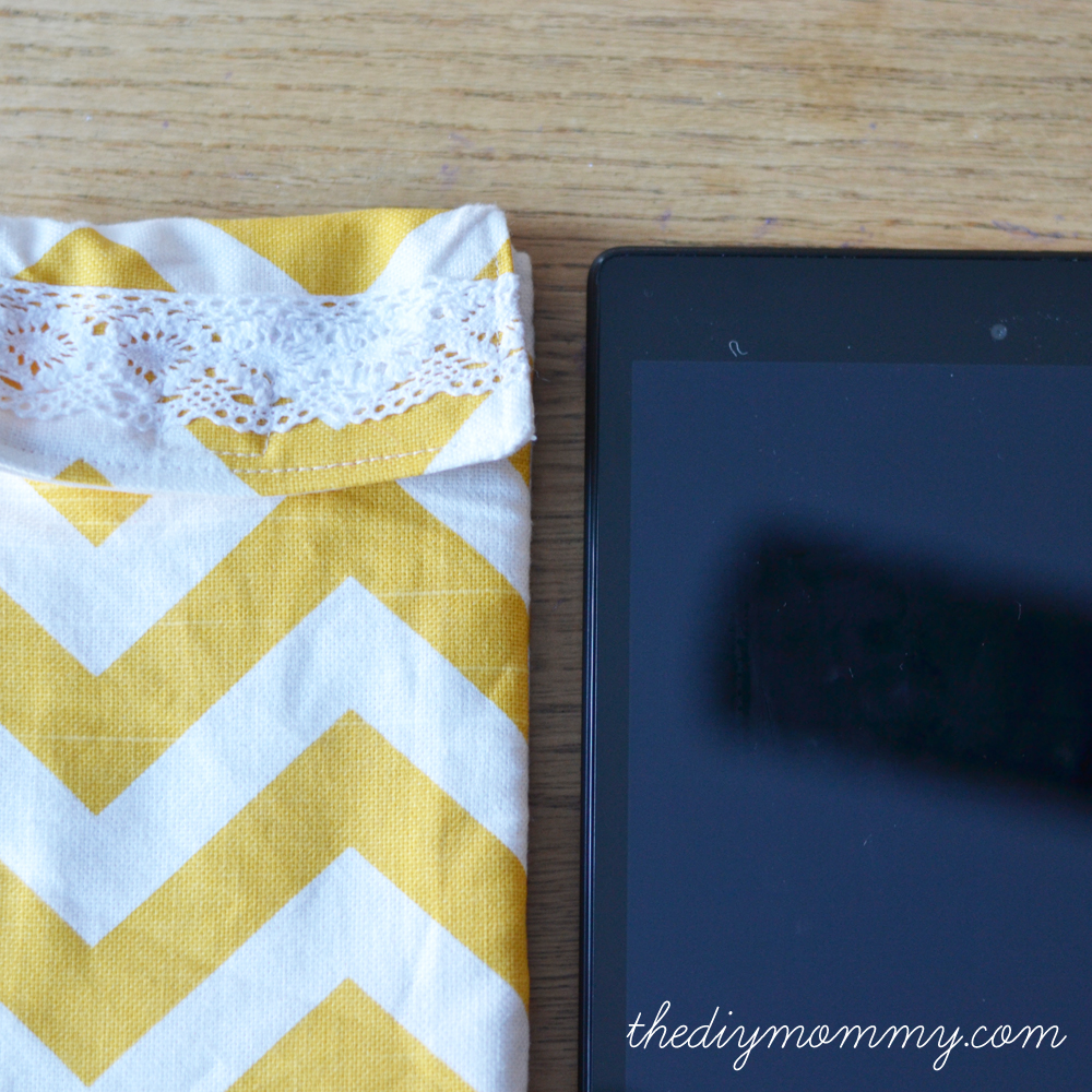 Sew a Padded Tablet Case by The DIY Mommy