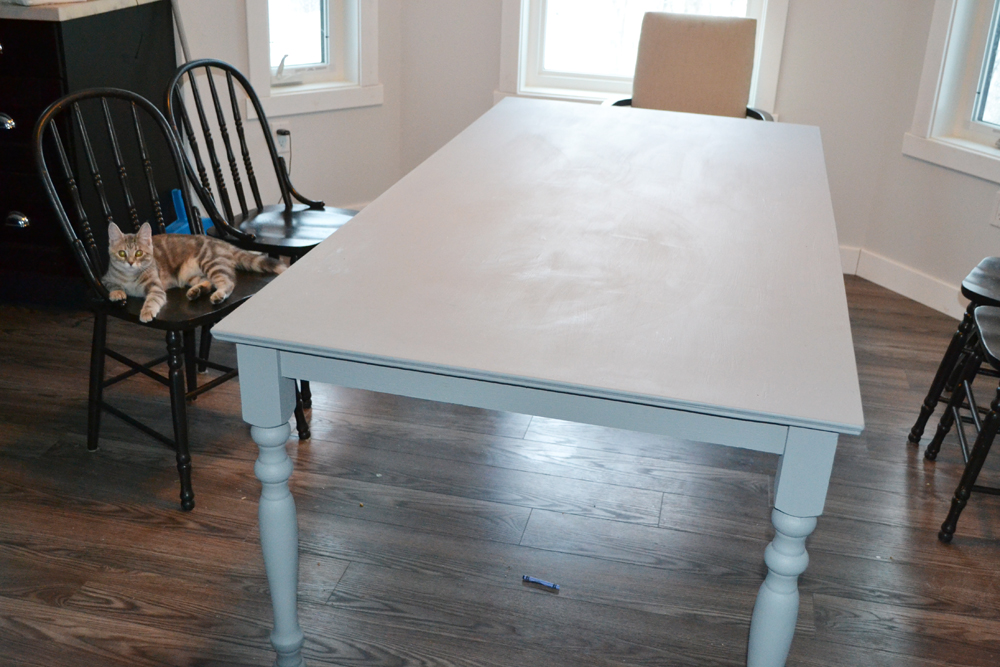 A shabby chic farmhouse table with diy chalk paint the diy mommy shabby chic farmhouse table with diy chalk paint watchthetrailerfo