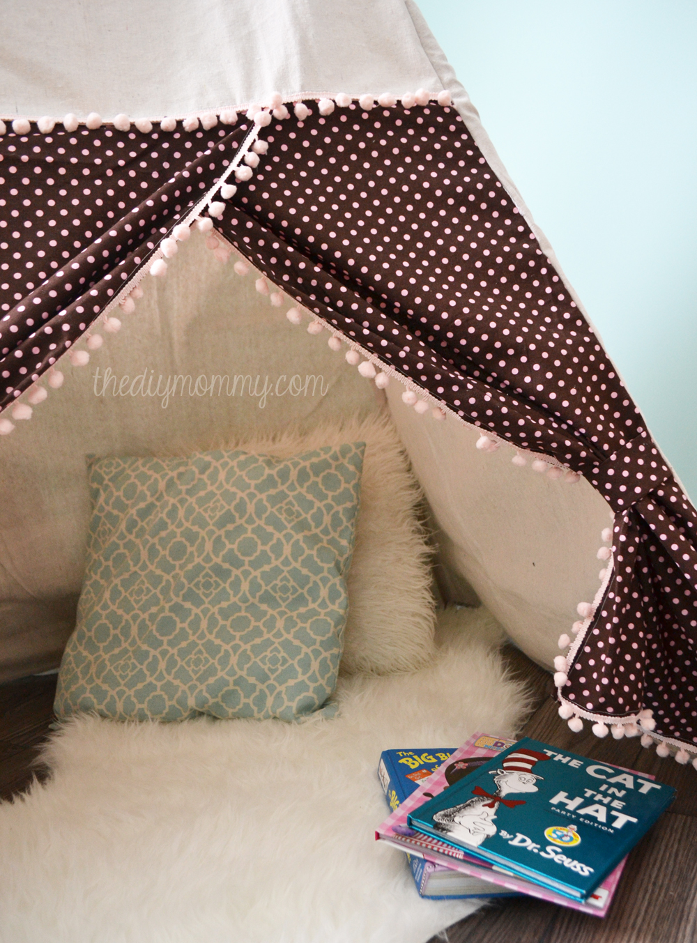 DIY Teepee Play Tent Tutorial by The DIY Mommy : play tent pattern - memphite.com