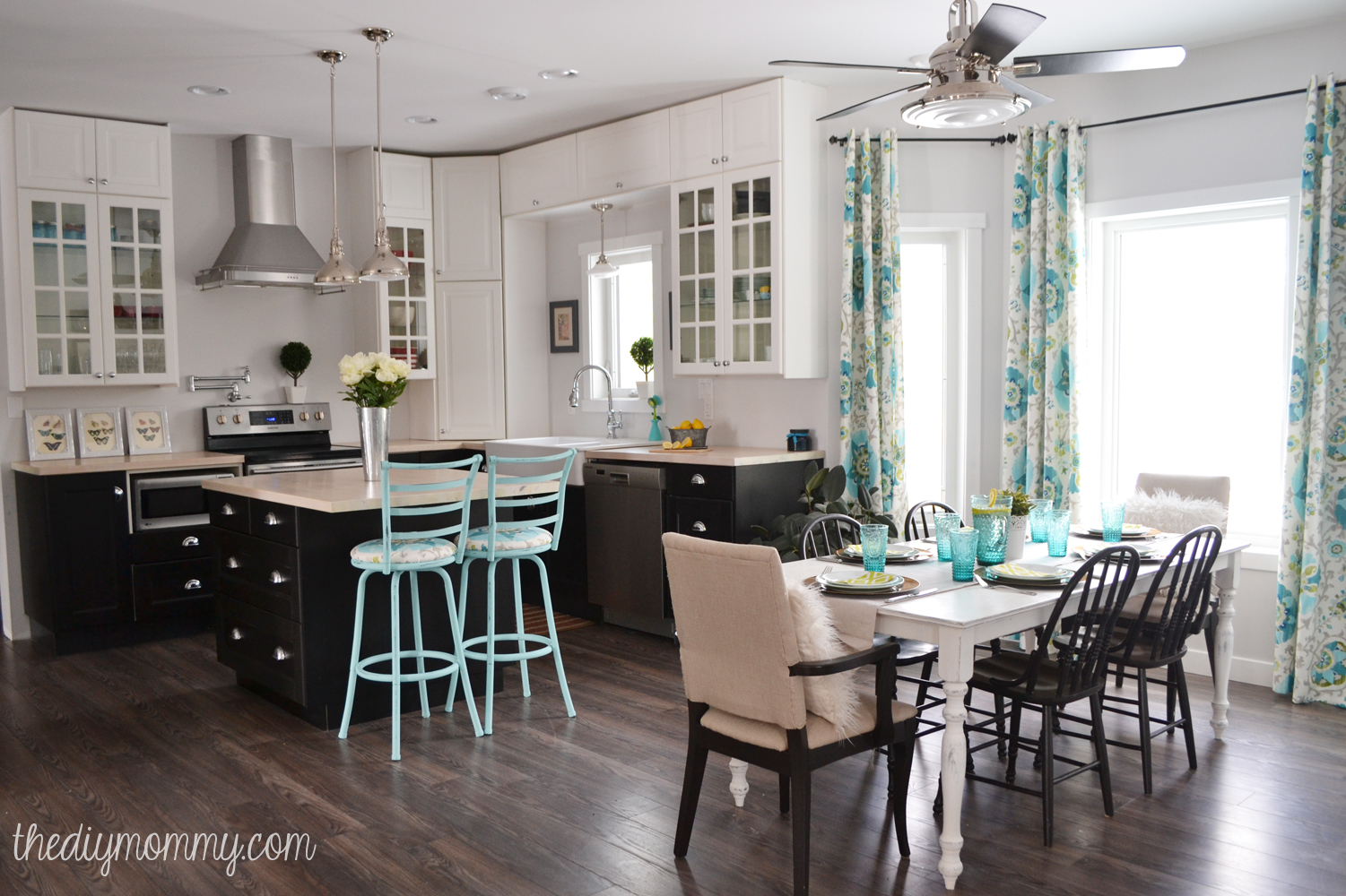 Vintage Kitchen Ideas: A Black, White And Turquoise DIY Kitchen Design With Ikea