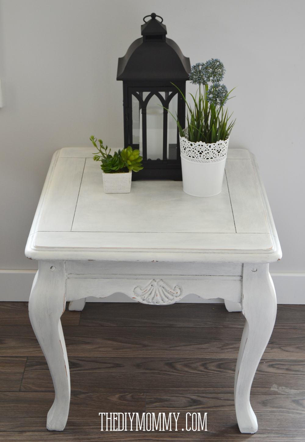 Make Diy Dark Or Coloured Wax My Upcycled Side Table The Diy Mommy