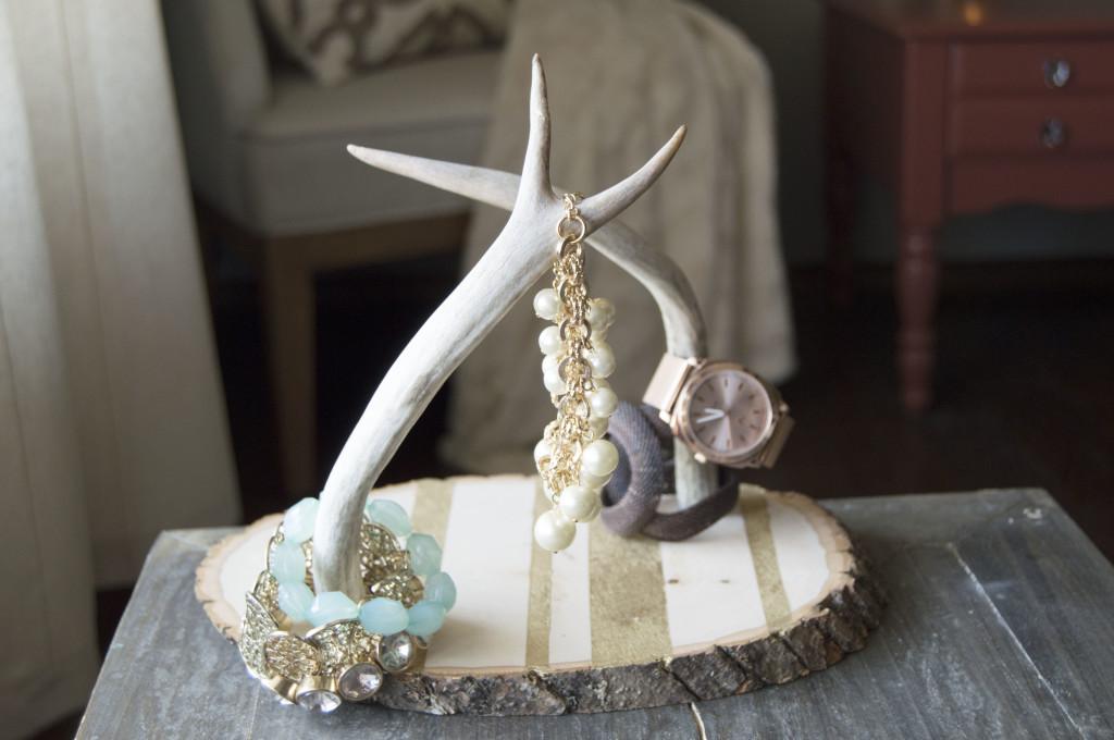 DIY Antler and Gold Flake Bracelet Holder