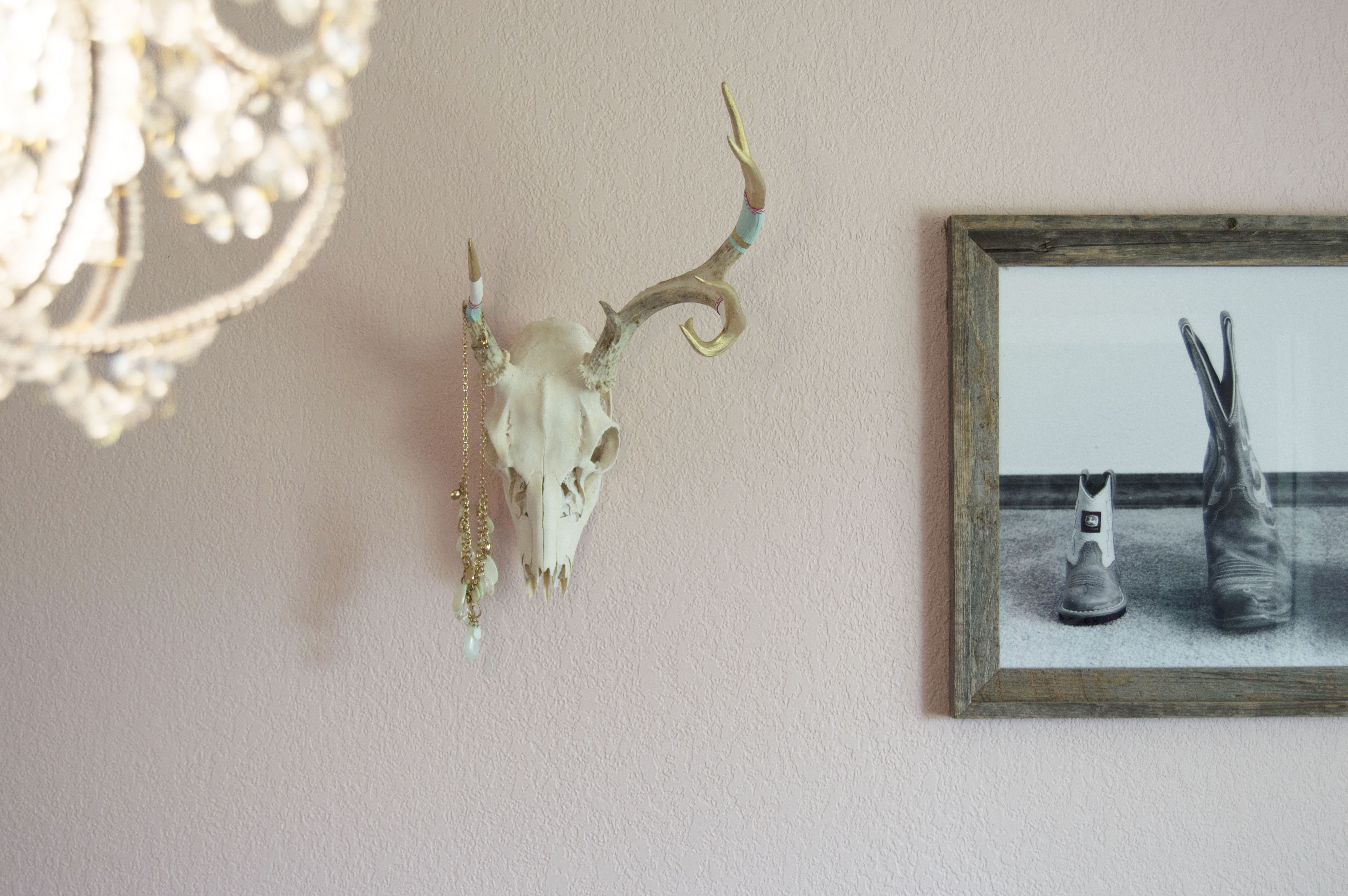 deer antler projects Looking for the perfect antler crafts you can stop your search and come to etsy, the marketplace where sellers around the world express their creativity through handmade and vintage goods.