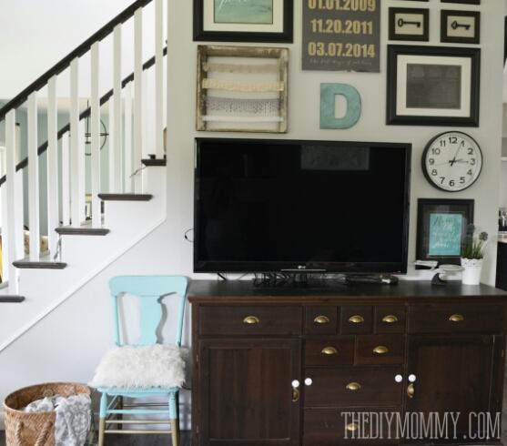 Vintage Industrial Budget DIY TV Gallery Wall