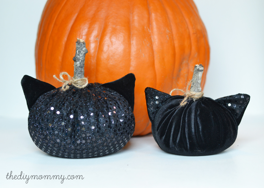 DIY Black Cat Velvet Pumpkins Decorations