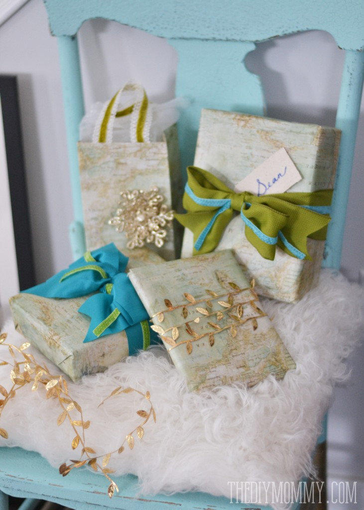 Favorite DIY Vintage Map Christmas Gift Wrap and Gift Bags | The DIY Mommy PZ21