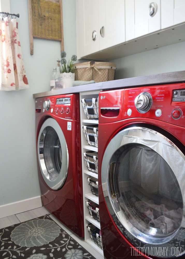 Diy Aqua Red Vintage Inspired Small Laundry Room Design Idea With A Giant Pegboard Our Washer And Dryer