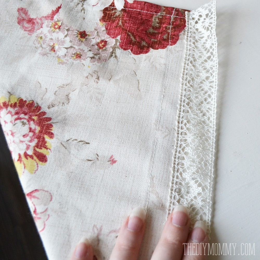 How to make easy DIY cafe curtains