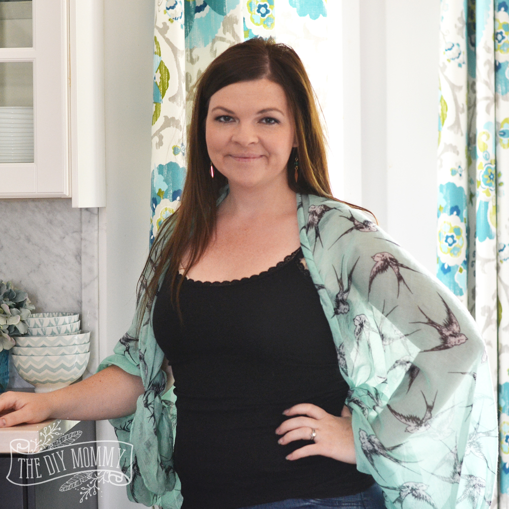 Make A Kimono Shrug From A Scarf Video The Diy Mommy
