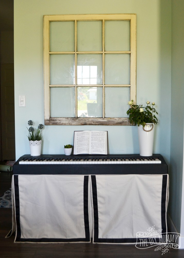 How to cover an ugly keyboard stand with a fitted skirt - DIY tutorial.