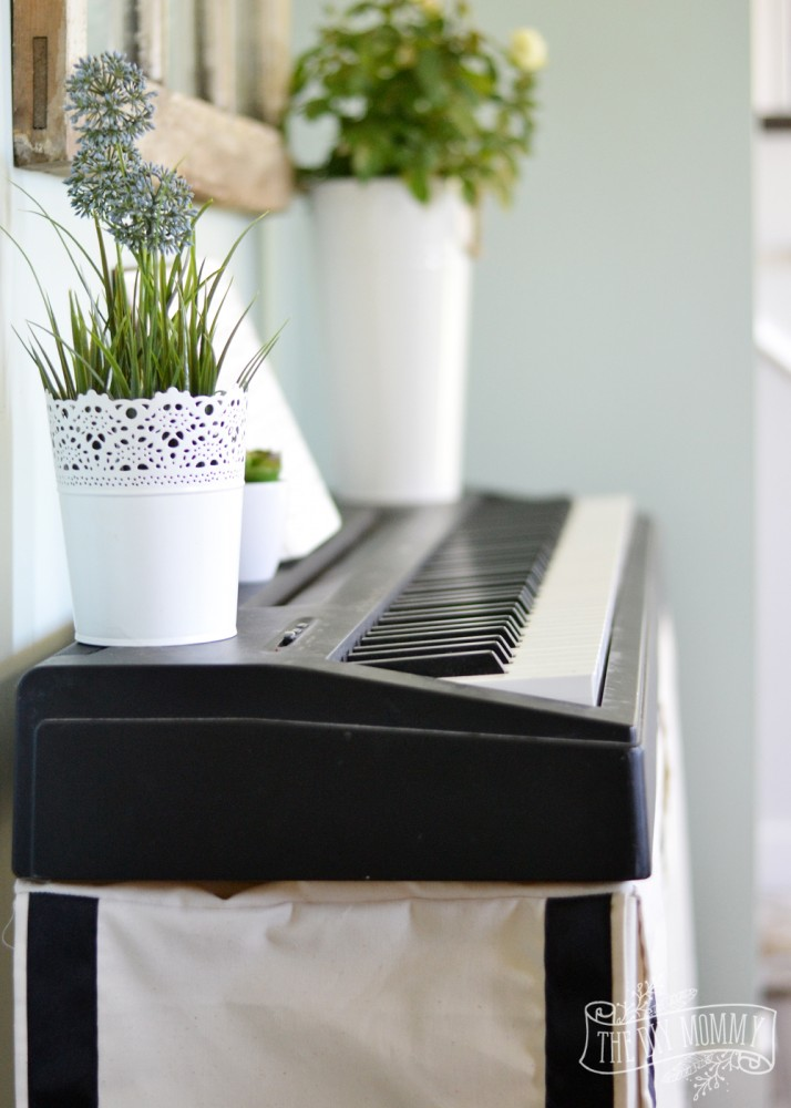 Covered Keyboard Stand