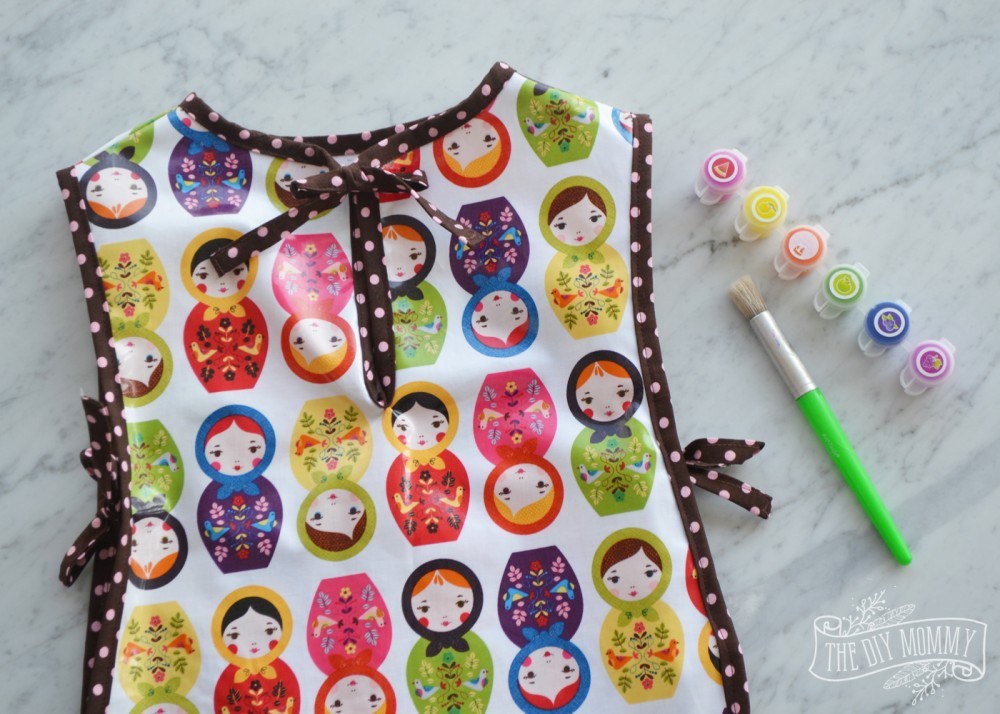 How to sew a preschool art smock: free pattern and tutorial!