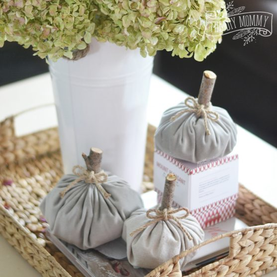 How to make DIY velvet fabric pumpkins for Fall decor - video tutorial