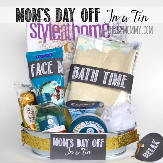 A Gift In A Tin: Mom's Day Off In A Tin. Ideas on what to include + free printables! A great Christmas or anytime gift. www.thediymommy.com
