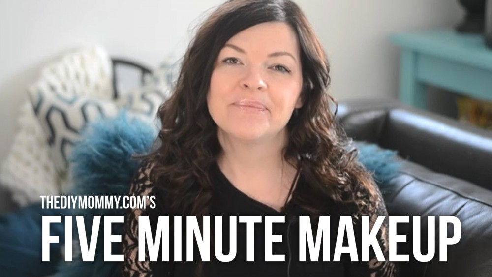 How to do your makeup in 5 minutes or less - a 'mom hack' for the new year! (VIDEO)