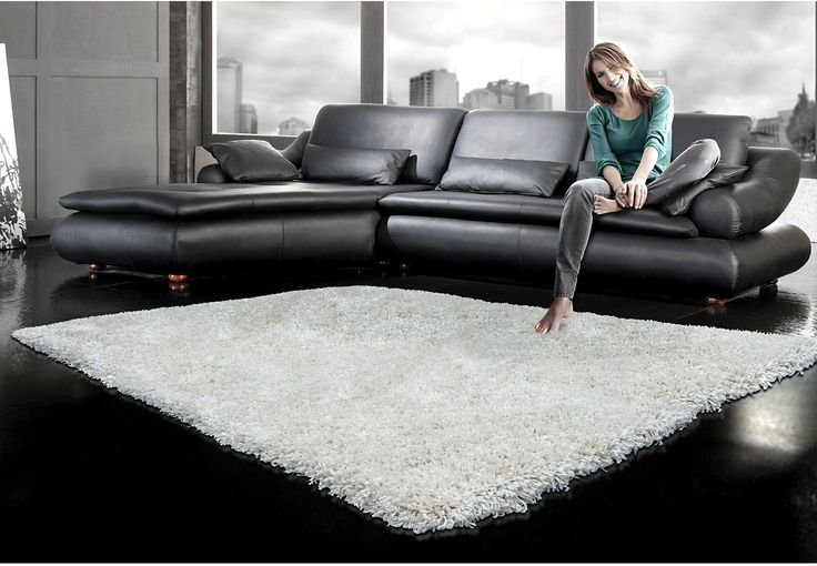 Super soft white shag rug