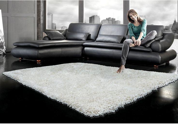 Super soft white shag rug