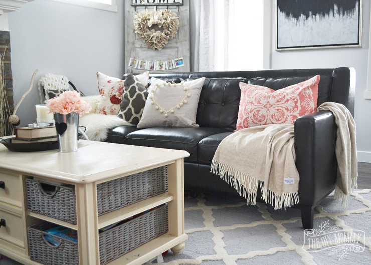A Black Amp Blush Pink Living Room Diy Pom Pom Heart