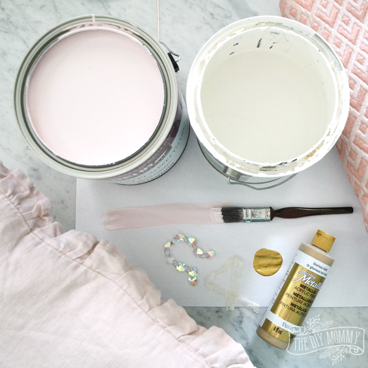 Blush pink, white and gold pallate