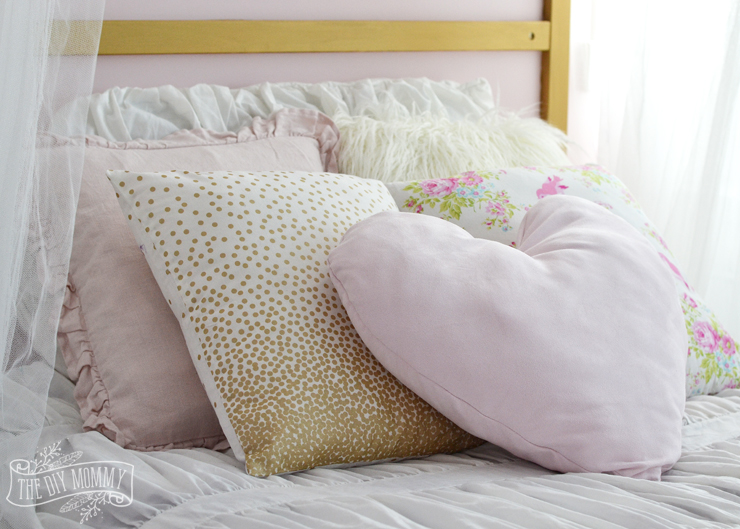 Shabby Chic Bed Pillows : Make Shabby Chic Glam Kids Bedding (+ Little C s Bedroom Makeover Progress for the ORC) The ...