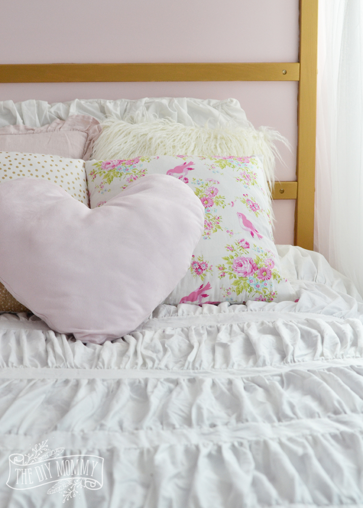 Make Shabby Chic Glam Kids' Bedding Little C's Bedroom